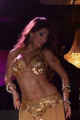 spectacle-animation-alya-samar-danse
